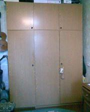Шкаф 3-створчатый с антресолями
