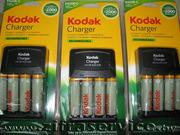 Оригинальное зарядное устройство + 4 аккумулятора АА для цифровых фото