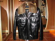 Продаю кожанную зимнюю куртку.