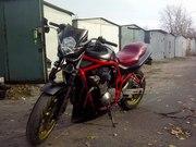 мотоцикл спорт-турист Suzuki Bandit 600