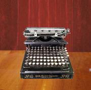 Пишущая  машинка SMITH  PREMIER  TYPEWRITER   № 10