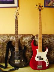 Продаются электро гитара flight и бас гитара Creg Benett