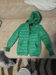 Продам куртку теплую